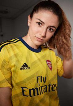 adidas Launch Arsenal Away Shirt - SoccerBible Aubameyang Arsenal, Arsenal Ladies, Arsenal Football, Classic Football Shirts, Football Love, Football Girls, Adidas Iphone Wallpaper, Football Outfits, Female Athletes