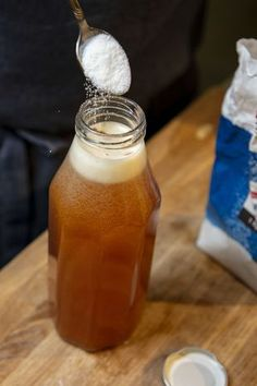 Kombucha, Healthy Smoothies, Hot Sauce Bottles, Diy And Crafts, Vegan Recipes, Food And Drink, Sweets, Meals, Drinks