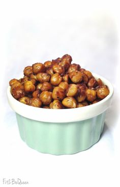 Balsamic Roasted Chickpea Recipe. A Simple, Healthy, High Fiber recipe that is perfect as a snack or side dish. (Garbanzo Beans. Low Glycemic Index. Food. Weight Loss. Protein) - Fit2BeQueen