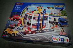 Oxford lego-style Toy Shop