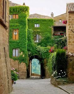 Civita di Bagnoregio, Tuscany - Italy