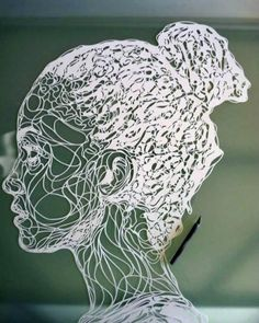 Um excelente escultura de Papel projetado byKris Trappeniers