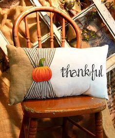 decorative pillows 587367976385856879 - diy thanksgiving pillows Source by Pumpkin Pillows, Fall Pillows, Burlap Pillows, Sewing Pillows, Toss Pillows, Diy Pillow Covers, Decorative Pillow Covers, Diy Halloween Dekoration, Thanksgiving