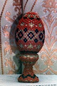 Пасхальный подарок. Плетение бисером. NADIN-KA Red Color, Christmas Ornaments, Holiday Decor, Inspiration, Ideas, Biblical Inspiration, Christmas Jewelry, Christmas Decorations, Thoughts