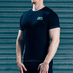 FormFit T-Shirt - Black & Bright GreenSHIPPING: PROCESSING TIME 3 - 4 Days ESTIMATED DELIVERY TIME 3 - 4 days for Domestic 4 - 6 days for International Superior quality cotton t-shirt, simple design, tapered fit to showcase your physique. Designed with quality in mind, the same great feel after multiple washes, good as new for years to come. Styled for all day wear: complete with green printed logos & contrast stitching. #Musclesnotincluded 95% cotton, 5% Elastane Model is 5'11'' and wears…