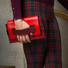 De 40 beste afbeeldingen van Red | Rood pak, Rode kleding