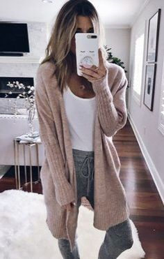Fashion Clothes Women Chic Summer Outfits to Fall Outfits To Update Your War. - - Fashion Clothes Women Chic Summer Outfits to Fall Outfits To Update Your Wardrobe / 42 Cute Lazy Outfits, Chill Outfits, Mode Outfits, Cute Lounge Outfits, Fashion Outfits, Fashion Clothes, Cute Cardigan Outfits, Edgy Outfits, Swag Outfits