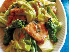キャベツと鶏胸の辛子マヨポン酢炒め
