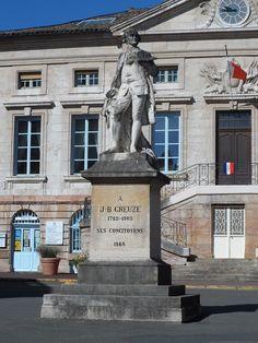 * Statue of Jean-Baptiste Greuze * # Tournus, França.