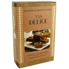 """5 pachetele delicioase, continand ciocolata de casa, pentru cele mai rafinate gusturi!O """"colectie"""" de dulciuri atent selectionate, pachetul contine 5 pachetele de ciocolata de casa: 2 pachetele de ciocolata de casa simpla, 2 pachetele de ciocolata de casa cu nuca si 1 pachet de ciocolata de casa cu alune.Pachetele sunt atent asezate intr-o cutie de lemn personalizata cu sigla """"Via Delice"""".Marca """"Via Delice"""" este marca high class inregistrata Art Homemade Chocolate, Homemade Food, Gingerbread, Caramel, Goodies, Arts And Crafts, Sticky Toffee, Sweet Like Candy, Candy"""