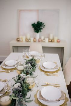 Gal Meets Glam Tablescape For The Holidays - Frontgate decor