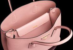 Gigi\u0026#39;s HANDBAG fever on Pinterest | Chanel, Chanel Bags and Prada