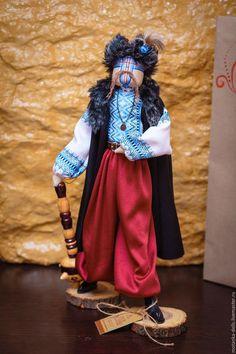 Купить или заказать Гетьман в интернет-магазине на Ярмарке Мастеров. Сувенирная кукла. Украсит любой интерьер.