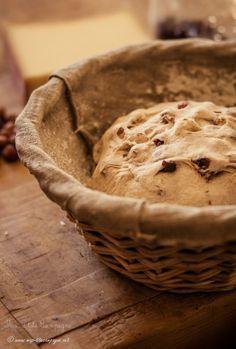 Pain à l'épeautre, noisettes, cannerberges et comté © Ma P'tite Campagne