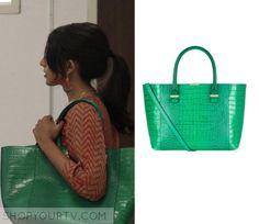 Royal Pains: Season 8 Episode 3 Divya's Green Tote Bag