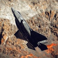 F35, Military Jets, Military Aircraft, Stealth Aircraft, Naval, Cool Sports Cars, Jet Plane, Air Show, Military History