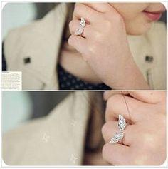 semi-open angel wing ring