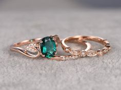 verlobungsring rosa Emerald Engagement ring rose gold,Diamond wedding Oval Cut,Bridal Ring,Retro Vintage Floral,Lab-Treated Green stone by popRing on popRing Three Stone Engagement Rings, Engagement Ring Settings, Vintage Engagement Rings, Emerald Engagement Rings, Emerald Rings, Engagement Bands, Ring Verlobung, Bridal Rings, Wedding Rings