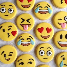 Emoji / emoticon cookies