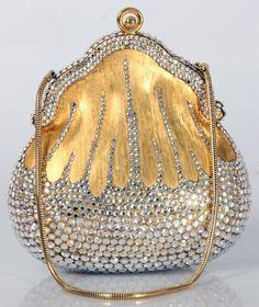 1,200 – $1,500 Premium designer outlet online boutique at luxlu.com