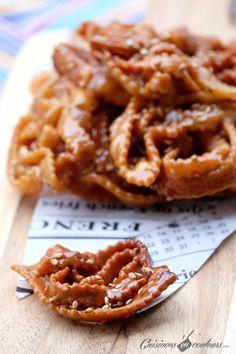 Chebakia recipe – Welcome to Ramadan 2019 Ramadan Desserts, Ramadan Recipes, Moroccan Desserts, Crepes, Tunisian Food, Salty Foods, No Sugar Foods, French Pastries, Sweet Recipes