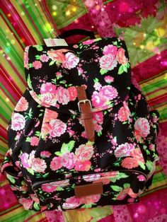 Victoria's Secret PINK Boho style BackPack. Black all over with light pink roses all… Mochila Victoria Secret, Mini Mochila, Light Pink Rose, Floral Backpack, Pink Nation, Cute Backpacks, Cute Bags, Pink Love, Victoria's Secret Pink