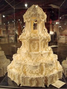 Victorian Wedding Cake: ah, the ridiculously over the top