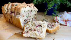 Trhací chleba se slaninou, česnekem abylinkami