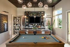 Would you rather pay $890k for an LA townhouse or a Phoenix bungalow with a courtyard Design Your Own Home, Modern Ranch, Shower Surround, Linen Storage, New Home Communities, Vanity Sink, Walk In Pantry, Plan Design, Home Buying