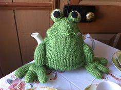 Ravelry: ElizabethLihou's Frog tea cosy
