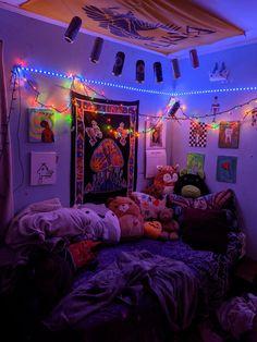 Indie Room Decor, Cute Bedroom Decor, Room Design Bedroom, Aesthetic Room Decor, Room Ideas Bedroom, Bedroom Inspo, Chill Room, Cozy Room, Chambre Indie