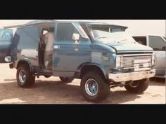 A Blast From The Past - Old Van Pictures