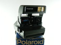 Check out this item in my Etsy shop https://www.etsy.com/listing/514188091/vintage-polaroid-636-close-up-instant