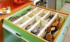 Comment créer des séparations dans un tiroir à couverts ?   BricoBistro