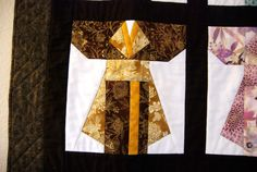 This kimono would make an middle block for my Japanese Art quilt.