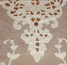 Vintage Handmade Irish Carrickmacross Lace. Irish Crochet, Crochet Lace, Cutwork Embroidery, Needle And Thread, Needle Lace, Rose Lace, Linens And Lace, Bobbin Lace, Vintage Lace