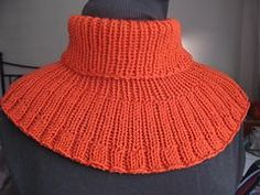 Ravelry: Ribbed cowl pattern by Josée Vallat free pattern