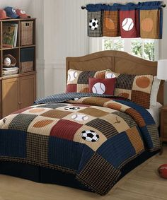 It's easy to create a great looking sports themed bedroom with the My World Classic Sports Quilt Set. This is a quilt set that is perfect for that all around super star of yours who likes to play all Boys Sports Bedding, Sports Quilts, Kids Bedding Sets, Comforter Sets, Basketball Bedding, Bed Sets, Colchas Country, French Country, Baseball Bed