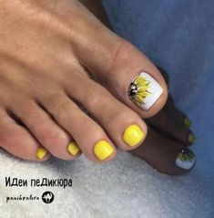 27 Ideas for manicure pedicure designs website Yellow Toe Nails, Toe Nail Color, Toe Nail Art, White Toenails, Yellow Nail Art, Gray Nails, Matte Nails, Color Yellow, Acrylic Nails