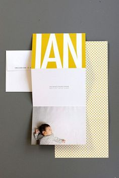 simple and clean beautiful birth announcement. Not only can we print the announcement, but we can also print the envelope! Faire Part Chic, Faire Part Photo, Baby Design, Invitation Design, Invitations, Foto Newborn, Funny Commercials, Funny Ads, Commercial Ads