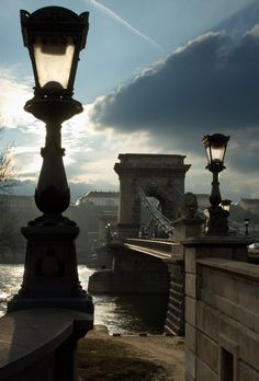 The beautiful Chain Bridge in Budapest, Hungary. Pretty much the BEST city in the world! Capital Of Hungary, Beautiful Places, Beautiful Pictures, Light Of The World, Street Lamp, Budapest Hungary, Best Cities, Eastern Europe, The Good Place