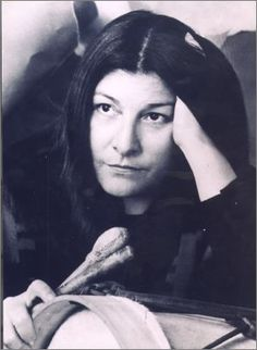 Net Photo: Mercedes Sosa: Image ID: . Pic of Mercedes Sosa - Latest Mercedes Sosa Image. Mercedes Sosa, Cultura General, Truth To Power, Sports Celebrities, Old Singers, Big Guns, Iconic Women, Latest Music, Facon