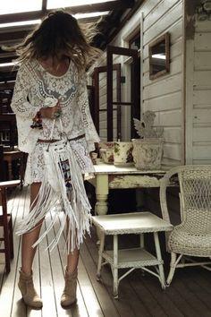 The Coachella Tassel Bag – White - Spell Designs