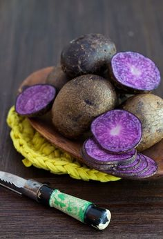 Food Blog Forum - Part 3: Beyond Farms & Baked Purple Potato Chips at Cooking Melangery Baked Purple Potato Chips with Smoked Paprika & Parsley