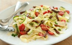 "Raw Vegetable ""Pasta"" with Tomatoes and Herbs // AMAZING!"