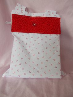 Red and White ECO Friendly Folding Shopping Bag Dark Red, Red And White, Folding Shopping Bags, Fabric Brooch, Barbie Party, Extra Fabric, Recycled Fabric, Folded Up, Little Red