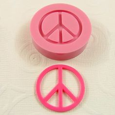 Hey, I found this really awesome Etsy listing at https://www.etsy.com/listing/63270084/retro-peace-sign-flexible-mini-moldmould