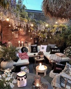 Diy Garden Furniture, Outdoor Furniture Sets, Outdoor Decor, Furniture Ideas, String Lights Outdoor, Small Patio, Bohemian Decor, Beautiful Gardens, Loft