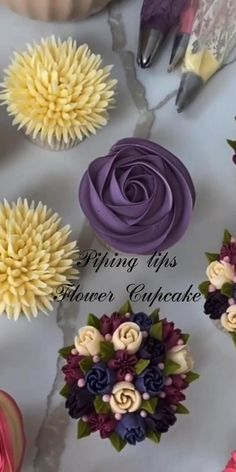 Cupcake Decorating Tips, Cake Decorating Frosting, Cake Decorating Designs, Cake Decorating Techniques, Cake Designs, Cookie Decorating, Bolo Russo, Bolo Barbie, Cake Piping