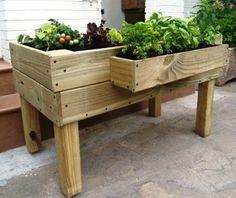 Clic para ampliar Wooden Pallet Furniture, Wooden Pallets, Terrace Garden, Herb Garden, Huerta En Casa Ideas, Container Gardening, Gardening Tips, Planter Boxes, Planters